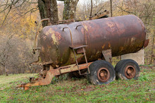 Rusty Tanker. Old Rusty Tank T...