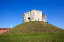 Clifford Tower, York Castle. U...