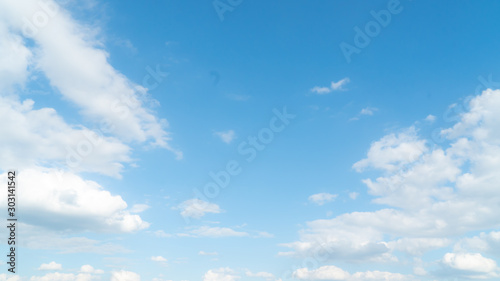 blue sky with cloud in sunshine day. Fototapete