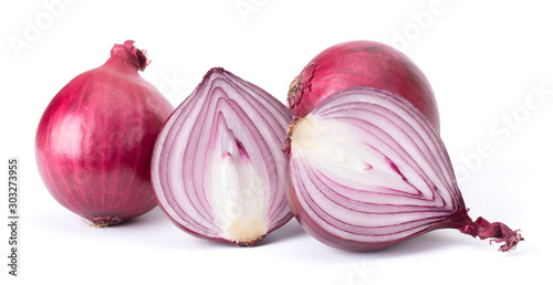 Fotomural  Red Onion Isolated On White Background