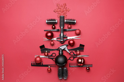Beautiful Christmas tree made of hairdresser tools on color background Tapéta, Fotótapéta