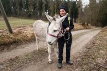 Mal Etwas Anderes - Eselwanderung In Thüringen -Wandern Mit Eseln Macht Spass Und Ist Abwechslungsreich. Werden Sie Gut Behandelt, Sind Die Tiere Dankbare Begleiter