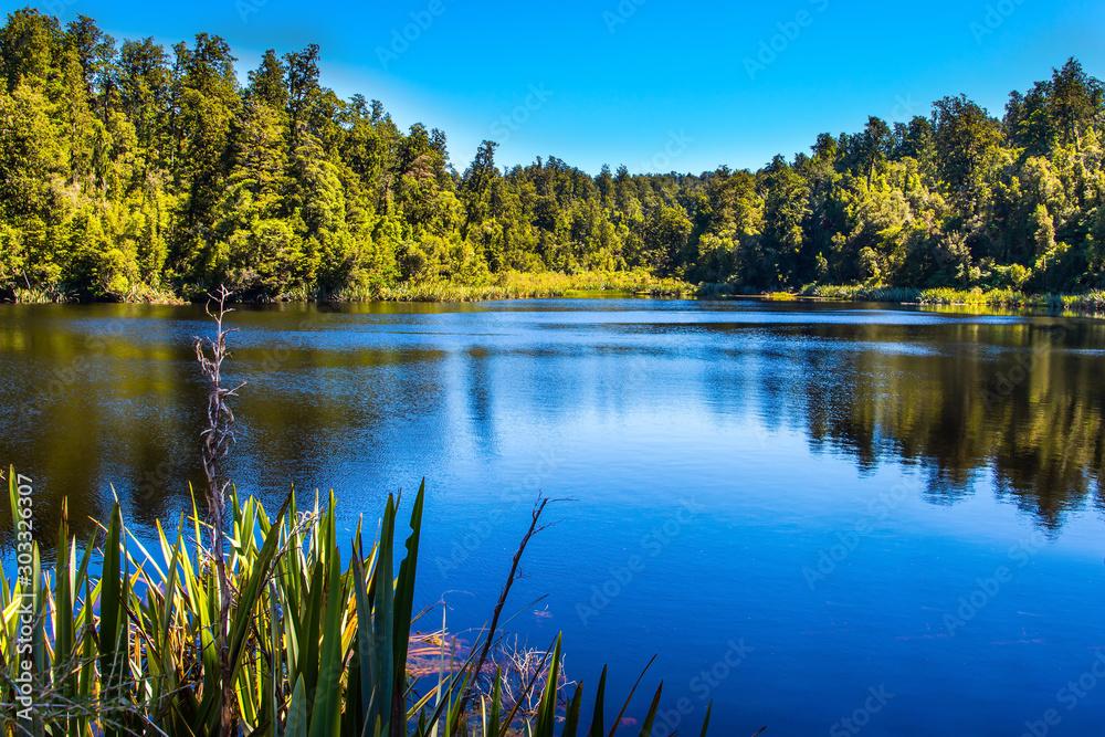 Fototapety, obrazy: Mirror glacial lake Lake Matheson