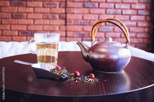 Recess Fitting Tea Café parisien