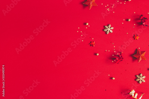 Poster Pays d Europe Christmas composition. Frame made of golden decorations on red background. Christmas, winter, new year concept. Flat lay, top view, copy space