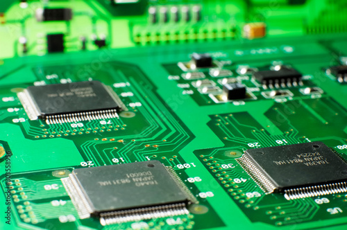 Obraz na plátně  Close up green memory board with SMD chip