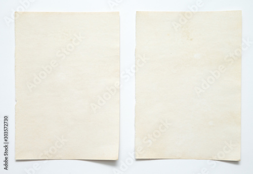 Fotomural  note paper on white background