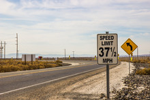 Unusual Speed Limit Sign Showi...