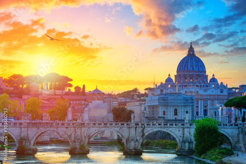 Photo Wonderful view of St Peter Cathedral, Rome, Italy