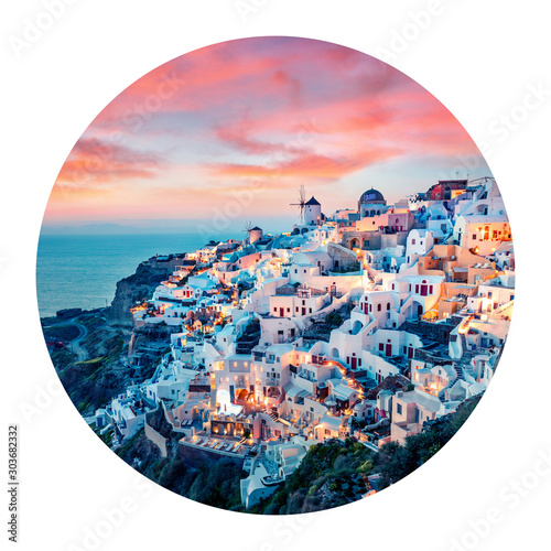 Fototapeta Round icon of cityscape. Impressive evening view of Santorini island. Picturesque spring sunset on the famous Greek resort Oia, Greece, Europe. Photography in a circle. obraz
