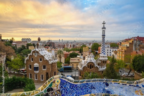 Montage in der Fensternische Barcelona Barcelona Spain, sunrise city skyline at Park Guell