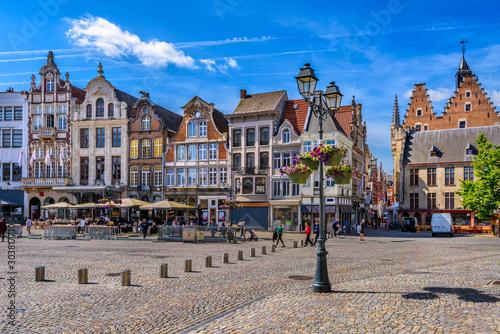 Obraz Grote Markt in Mechelen, Belgium. Mechelen is a city and municipality in the province of Antwerp, Flanders, Belgium. - fototapety do salonu