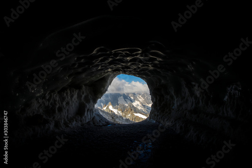 Obraz na plátne  Exit tunnel of Aiguille du midi to access to the crest and the Mer de Glace, wit