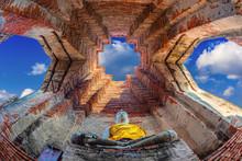 Wat Nakhon Luang Tample,Prasat Nakhon Luang In Ayutthaya,Thailand.