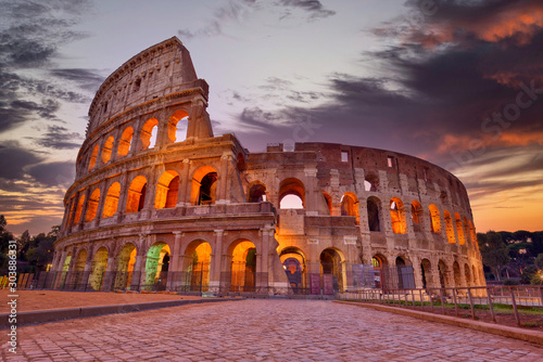 Photo  Colosseum at sunset, Rome