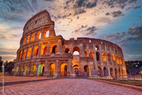 Canvastavla Colosseum at sunset, Rome