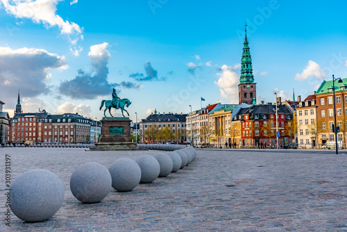 Canvas Print Statue of Frederik VII in front of Christiansborg palace at Copenhagen, Denmark