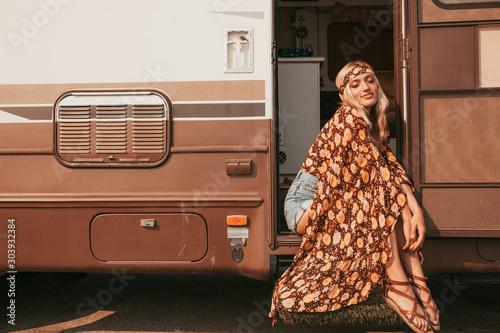 Fotografie, Tablou retro campervan with hippie californiagirl