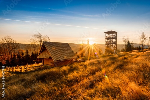 Fototapeta Beskidy Stary Groń Wschód Słońńca obraz