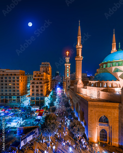 Beirut, Lebanon 2019 : drone shot of Mohammad Al Amine Mosque and the st Fotobehang
