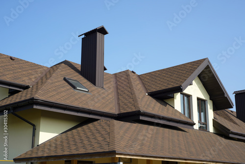 Fototapeta roof of newly builded house obraz