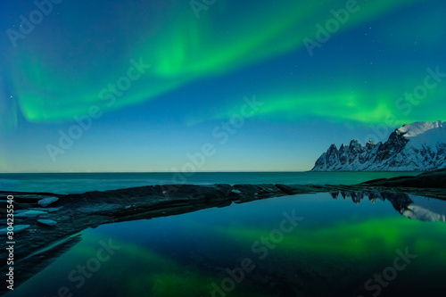 Northern lights, Aurora Borealis, Devil Teeth mountains in the background, Tungeneset, Senja, Norway