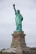 Freiheitsstatue bedeckter Himmel