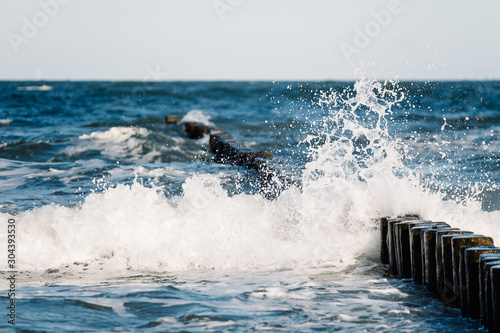 Fotografie, Tablou  Brandung an der Ostsee Welle Gischt