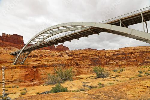 Photo View from the bottom of Hite Crossing Bridge, Utah