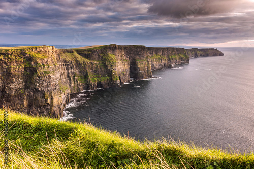 Obraz Cliffs of Moher - fototapety do salonu