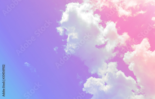 Foto auf AluDibond Flieder Cloud and sky with a pastel colored background