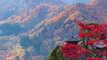 紅葉 山寺