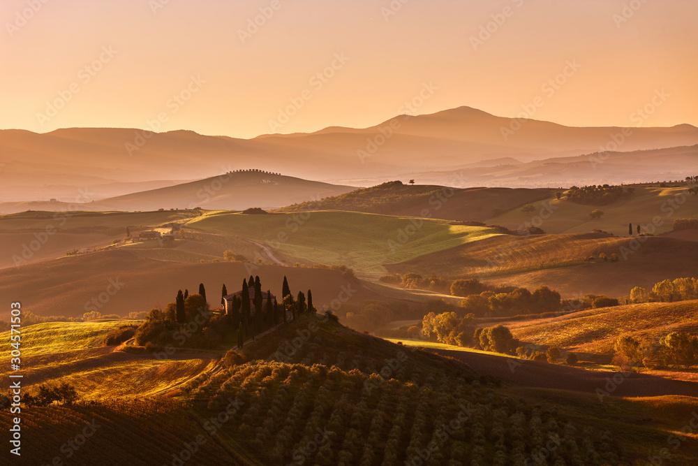 Tuscan hills at sunrise, San Quirico d´Orcia, Tuscany, Italy