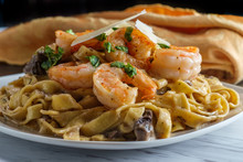 Fettuccine Alfredo Shrimp Mushrooms