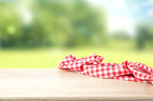 Red Checkered Picnic Cloth On ...