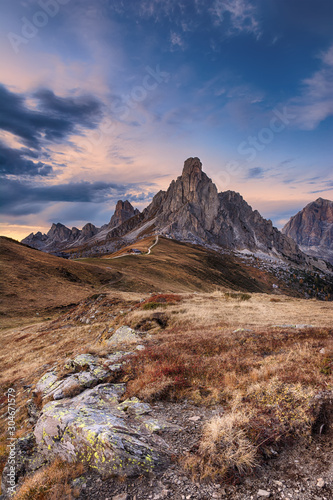 Fototapeta Landscape of beautiful autumn picturesque mountains obraz