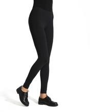 Woman Wear Black Blank Legging...