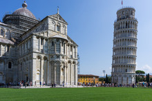 Piazza Dei Miracoli (Leaning T...