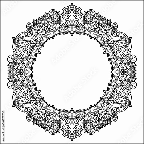 Photographie Coloring book for adults, a circle with patterns around the perimeter in the Indian style