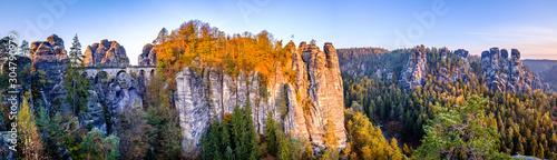 Foto auf Leinwand Schwarz view at the famous bastei hills