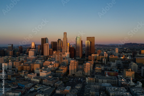 Fototapety, obrazy: Aerial view of downtown Los Angeles at sunrise