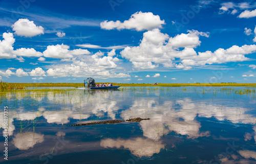 Photo Florida Everglades airboat rides and alligators
