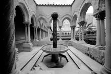 Fontana Del Chiostro Del Duomo Di Monreale, Palermo In Sicilia