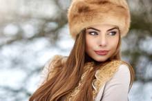 Beautiful Winter Girl Portrait...