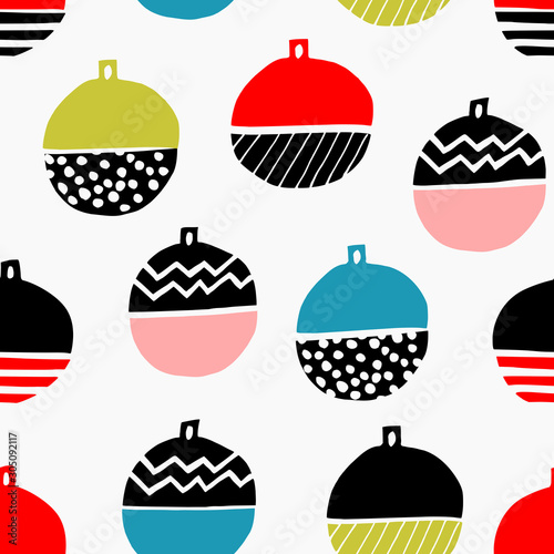 obraz PCV Christmas seamless pattern with colorful baubles on white background.