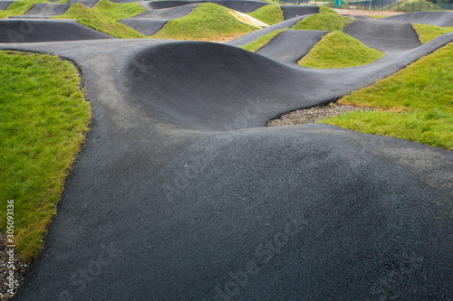 Photo Cllose up pf a BMX race track in Scotland on a summers day