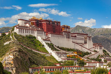 Magnificent Potala Palace In L...