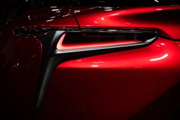 高級車のテールランプ