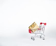 Shopping Cart With Gokden Gift...
