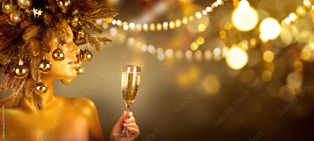 Fototapety, obrazy: Beauty Glamour Golden Christmas Woman celebrating with champagne, wearing wreath decorated with baubles. Party, drinking sparkling wine, glowing holiday background. Xmas, New Year Holiday celebration